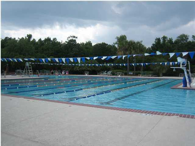 swimming pool in brickyard plantation