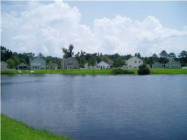 lakefront homes in sunburst lakes