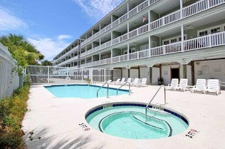 mariners cay condo amenities